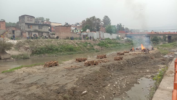 Pashupatinath cremations during the pandemic