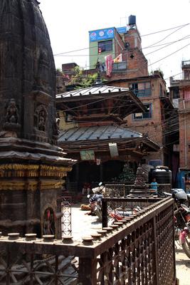 Krishna temple and the Koti Mahadev Mandir in Kathmandu