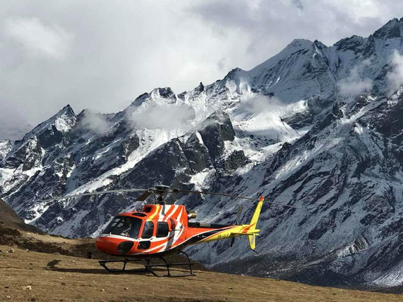 Helicopter in Nepal