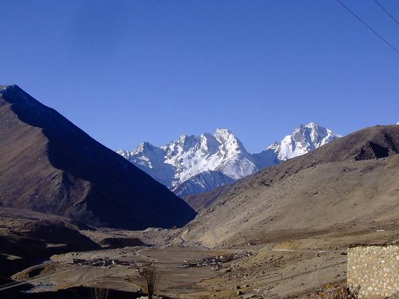 New Everest Resort being built in Tibet
