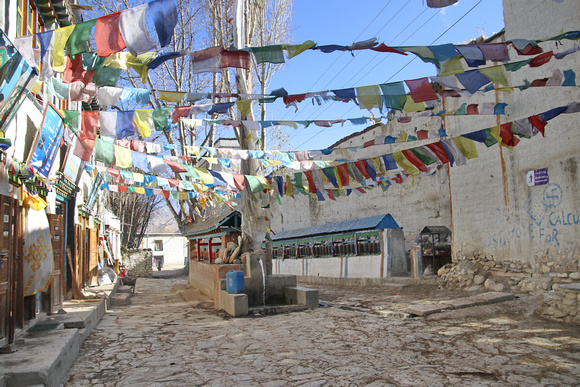 Main street in Lo Manthang