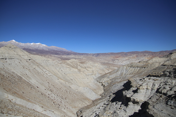 The way to Eastern Upper Mustang and the town of Dhee