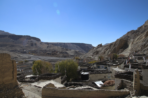 The town of Dhee in Upper Mustang