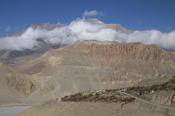 Looking back at Tangbe as we leave Upper Mustang