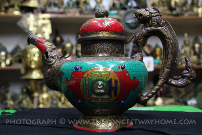 Tea pot souvenier in Thamel