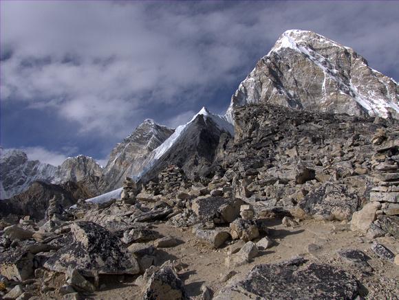 The climb up Kala Pattar