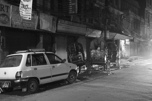 Sleeping taxis and rickshaws in Thamel
