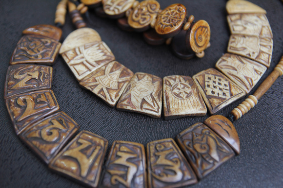 Yak bone necklace and bracelet in Nepal