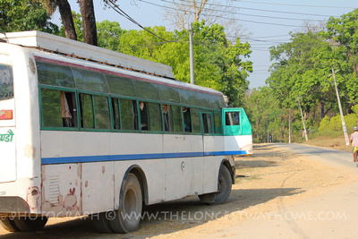 Tourist buses to Bardia