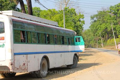 Tourist buses to Bardia