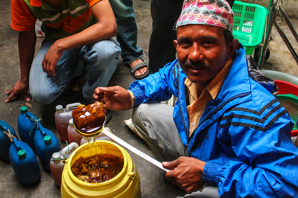 A genuine honeycomb seller in Nepal
