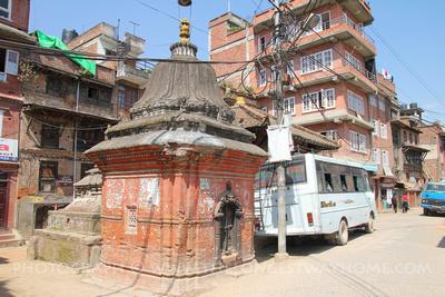 A bus in Thimi, Kathmandu