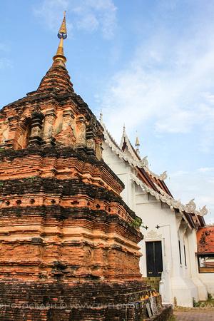 Chedi at Wat Jetlin