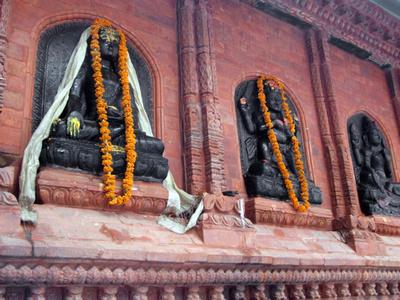 New wall, new statues along Mandala Street Kathmandu