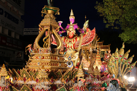 Well decorated float at Loi Krathong