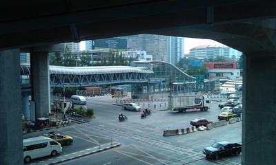 The Airport City Rail Line linking to Makkasanwhich interchanges with Phetchaburi MRT Station