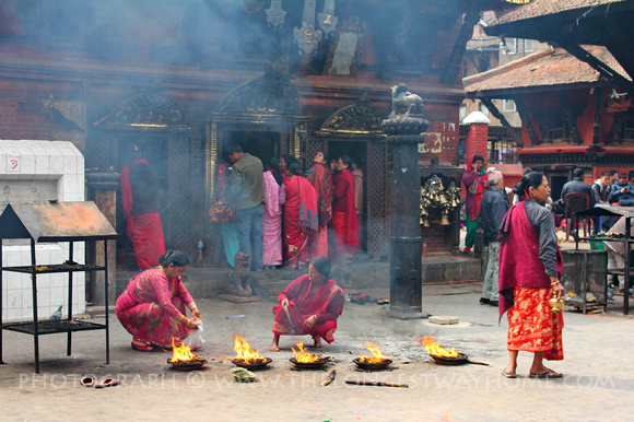 Fire ceremony at Kumbeshwar Temple Complex