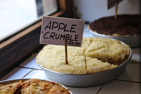 Apple crumble at the Snowman Cafe