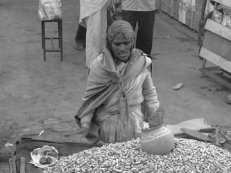 Peanut Seller in India