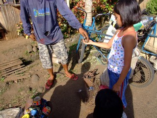 Garbage collecting in the Philippines is big money ... for some