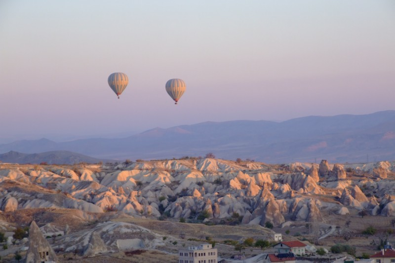Hot Air Balloons in Goreme, Turkey (click to enlarge)