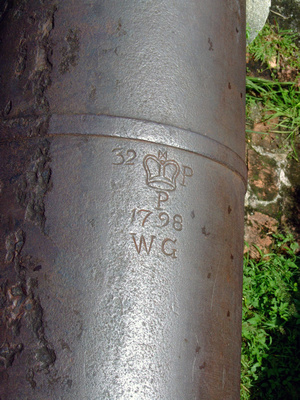 Cannon from 1798 on display at fort Cornwallis