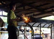 Filippino Jeepney welding