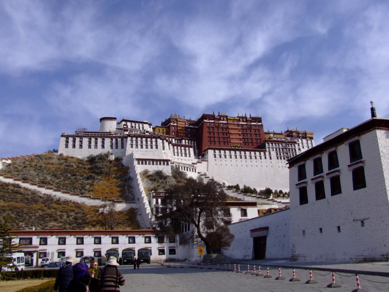 Potala Palace, Lhasa, Tibet (click to enlarge)