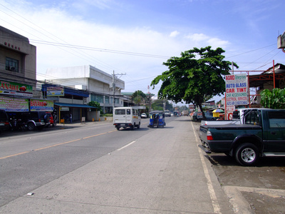 The wide roads in Davao