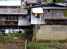 Cagayan de oro river houses