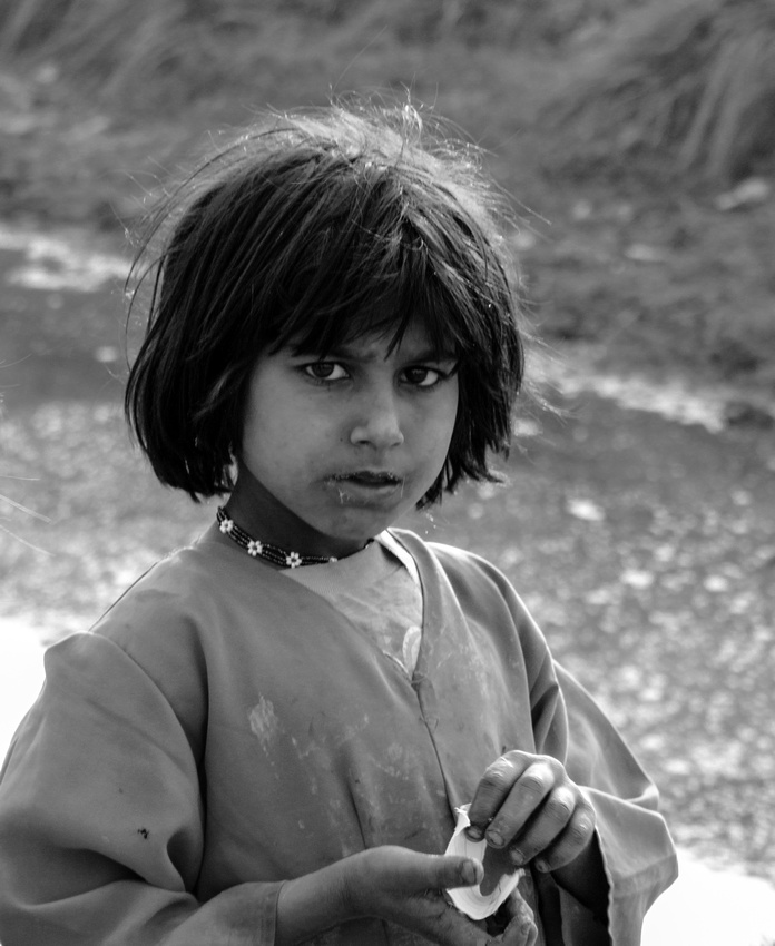 Afghan refugee girl in Pakistan